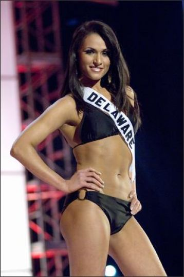Vincenza Carrieri Russo Bathing Suit Competition Miss Delaware USA